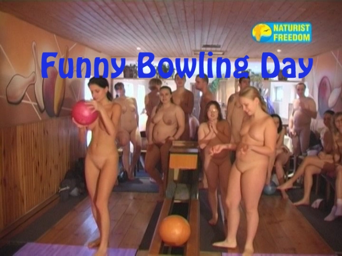 Funny Bowling Day (NaturistFreedom)