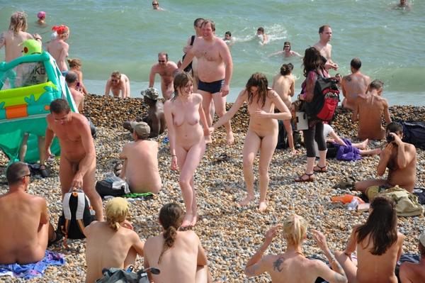 I love the nudism