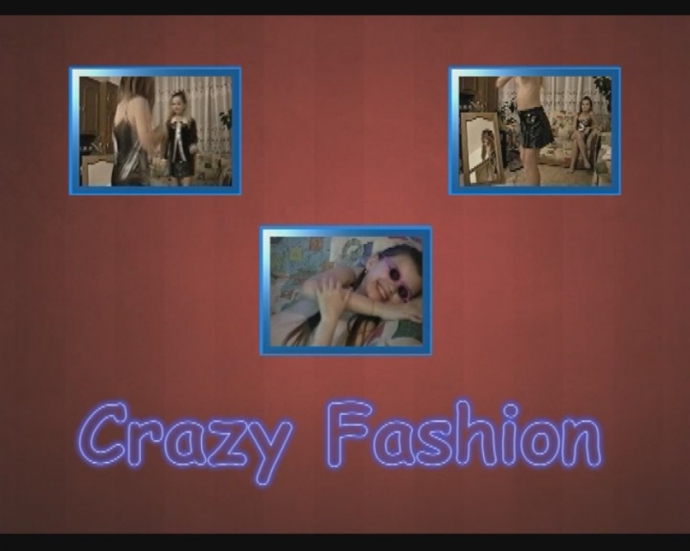 Crazy Fashion - naturistin